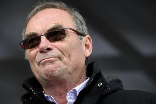 Tour de France: Hinault appelle le peloton à sanctionner Froome en faisant grève