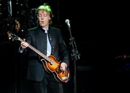 McCartney sort deux singles et annonce un nouvel album