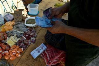Venezuela- Maduro double le revenu minimum face à l'hyperinflation