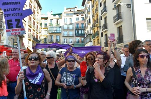 Espagne: manifestations contre la mise en liberté d'agresseurs disculpés de viol