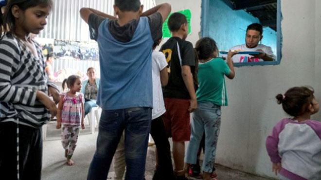 Les effets de la séparation des familles de migrants aux USA: certains enfants ne parlent plus ou sont devenus incontinents