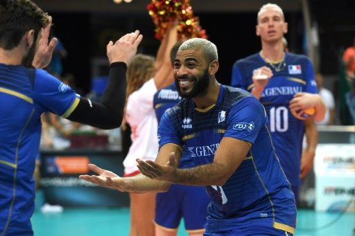 Volley: la France souffre mais bat les Etats-Unis en Ligue des nations
