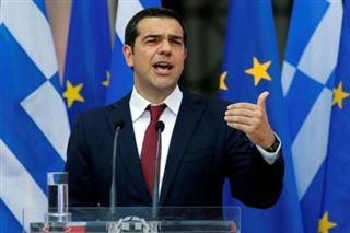 Grèce - un accord, une cravate, et déjà la promesse de plus de justice sociale