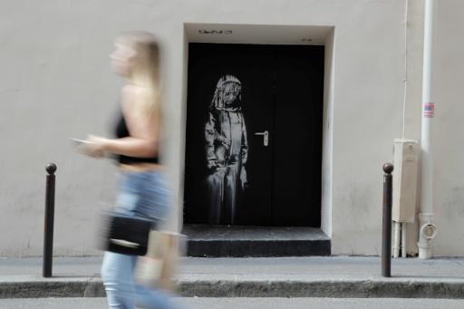 Une oeuvre attribuée à Banksy à l'arrière du Bataclan, à Paris