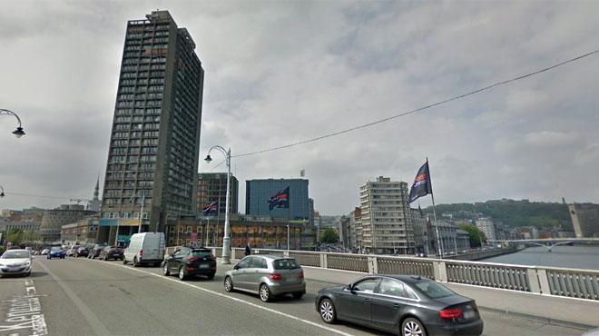Situation dangereuse à Liège: une dalle en béton risque de tomber du onzième étage d'un immeuble