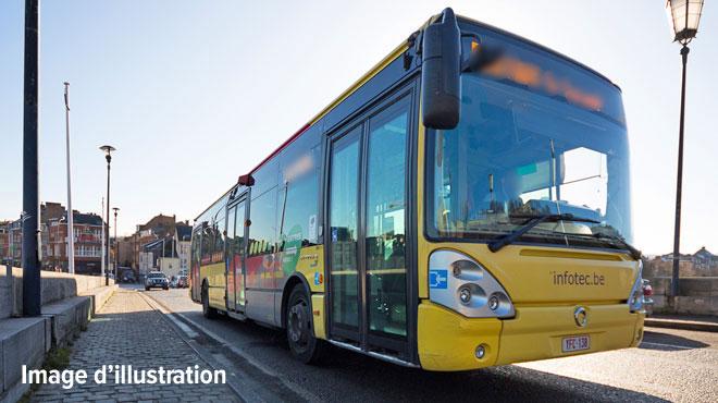 Un bus et une camionnette entrent en collision à Chaumont-Gistoux: deux blessés dont un grave