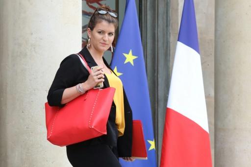 Poitiers: Schiappa au chevet d'une femme battue poignardée par son ex-mari