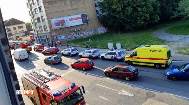 Un incendie se déclare dans un immeuble à appartements de Charleroi: pas de blessé