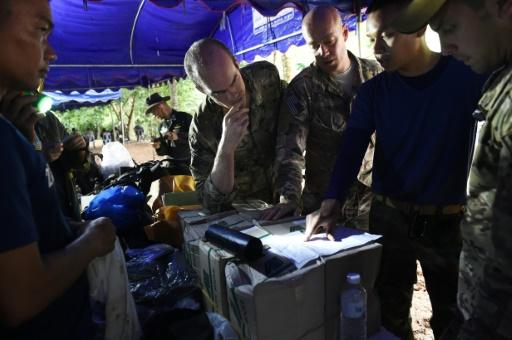 Enfants bloqués dans une grotte en Thaïlande: Américains et Britanniques en renfort