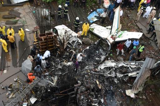 Inde : cinq morts dans le crash d'un petit avion à Bombay
