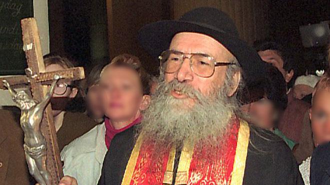 L'affaire du père Samuel est relancée: le religieux controversé est renvoyé devant le tribunal correctionnel