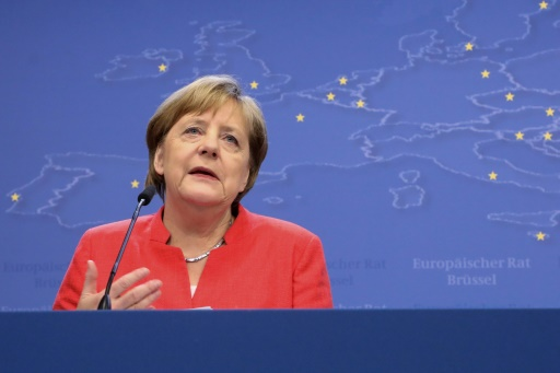 Migrants: Angela Merkel se donne de l'air en Allemagne