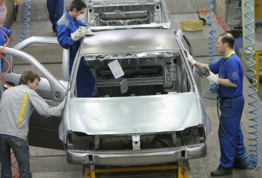 Renault et PSA cherchent à garder un pied en Iran