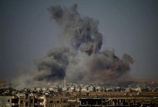 Syrie: négociations dans le sud, les rebelles perdent du terrain