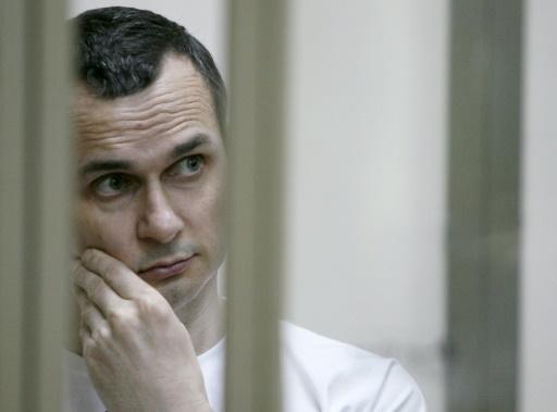 Le cinéaste ukrainien Sentsov, emprisonné en Russie, dans un état