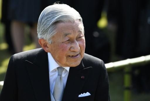Japon: l'empereur toujours souffrant annule ses obligations pour le 2e jour