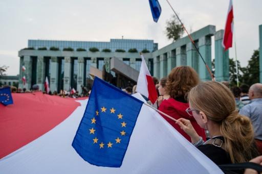 Réformes judiciaires en Pologne: le casse-tête de la Cour suprême