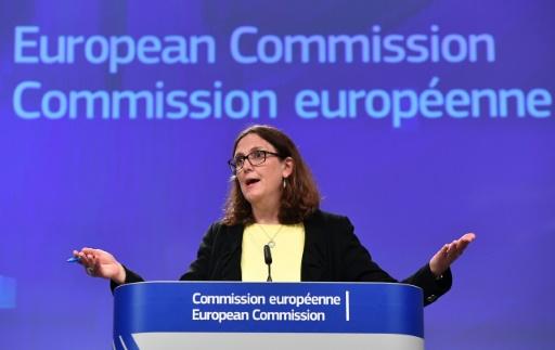 Guerre commerciale: l'UE doit poursuivre la négociation d'accords commerciaux sous conditions