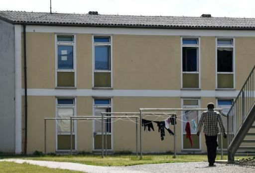 Allemagne: un accord sur les migrants et beaucoup de questions