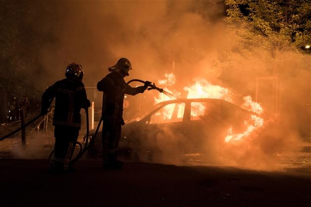 EN DIRECT - Nantes : nouveaux incidents dans la nuit, trois interpellations
