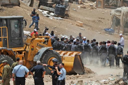 Cisjordanie: affrontements dans un village bédouin qui doit être détruit par Israël