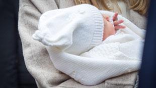 Prendre un congé parental en demi-journées, ce sera bientôt possible... avec l'accord de l'employeur