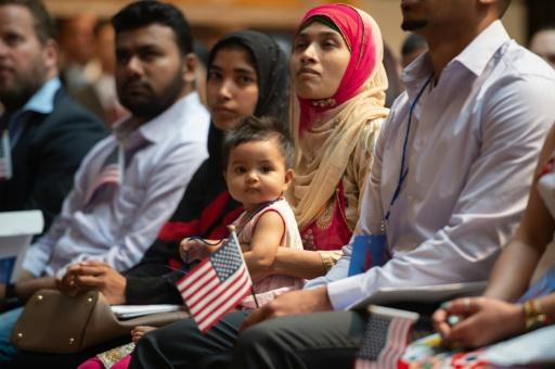 A New York, la joie de la naturalisation malgré le débat migratoire