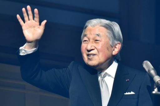 Japon: l'empereur reprend ses obligations après 3 jours de repos