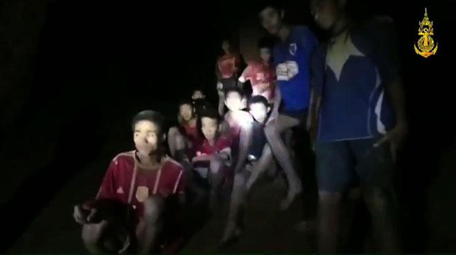 Enfants coincés dans une grotte en Thaïlande: voici les différents plans d'évacuation envisagés