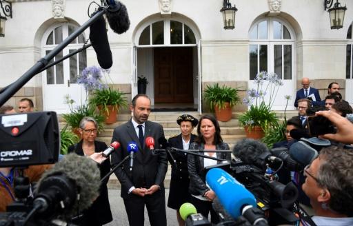 Nantes: Philippe condamne fermement les violences et promet
