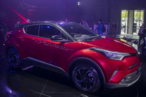 Automobile: l'hybride rechargeable plus pertinente que le tout électrique d'ici 2030 (étude)