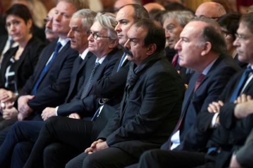 Réunion des huit leaders syndicaux et patronaux mercredi à Paris