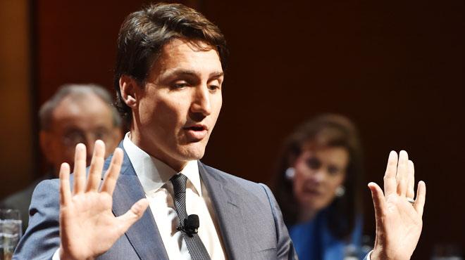 Justin Trudeau se défend à nouveau d'une accusation d'inconduite sexuelle: il aurait peloté une journaliste il y a 18 ans