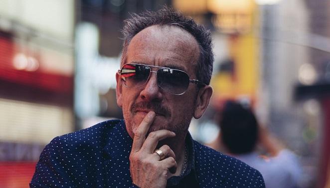 Elvis Costello, opéré d'un cancer, annule la fin de sa tournée