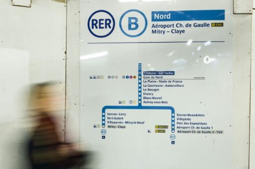 Déraillement du RER B: reprise du trafic espérée lundi sur l'ensemble de la ligne