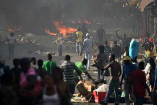 Haïti: vive tension suite à la hausse importante des tarifs des carburants