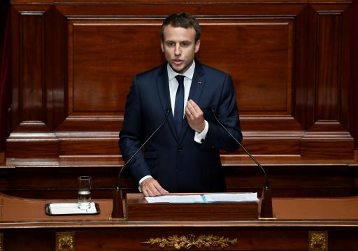Macron revient devant le congrès, face aux critiques sur son action sociale