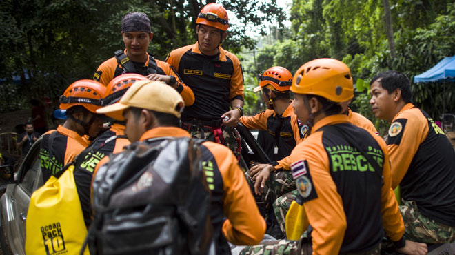 Enfants de la grotte: deuxième jour de la périlleuse opération d'extraction