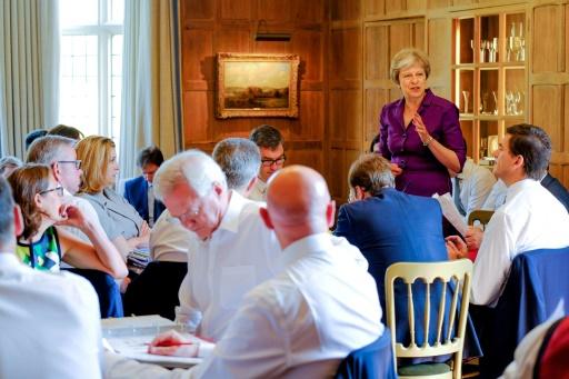 Le gouvernement britannique fait bloc face aux critiques contre son plan post-Brexit