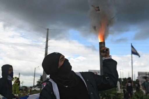 Flambée de violence au Nicaragua: 14 morts dans des affrontements