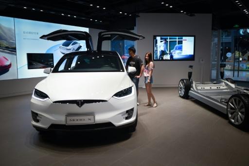 Tesla construit une méga-usine à Shanghai, faisant fi des tensions commerciales