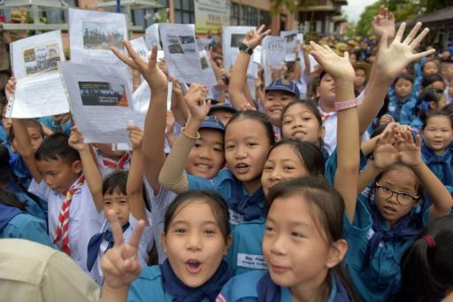 L'entraîneur des jeunes footballeurs rescapés de Thaïlande, héros apatride