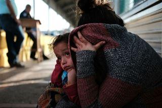 USA- 57 jeunes enfants retrouvent leurs parents, des dizaines restent séparés