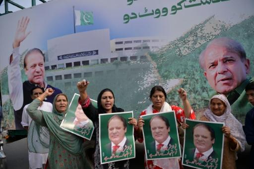 Pakistan: l'ex-Premier ministre Sharif attendu à Lahore où il risque la prison