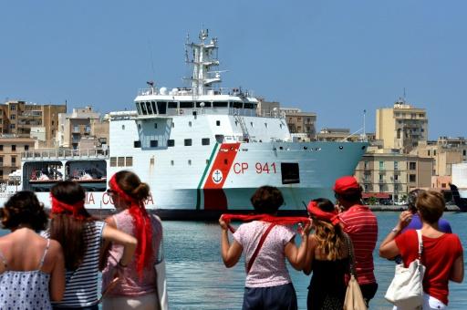 Italie : Les migrants du '' Diciotti'' autorisés à débarquer en Sicile