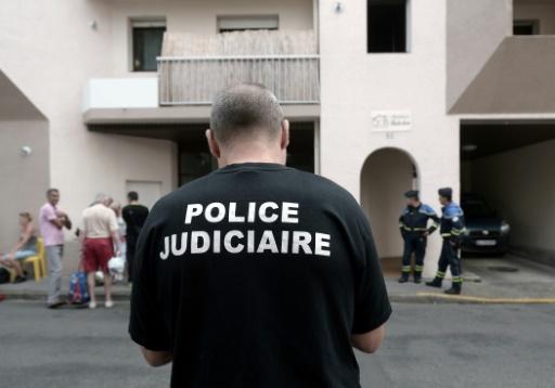 Meurtres suivis d'un suicide à Pau: le père inconnu des services de police