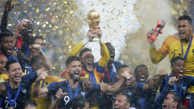 Mondial 2018- la France est championne du monde!! 1