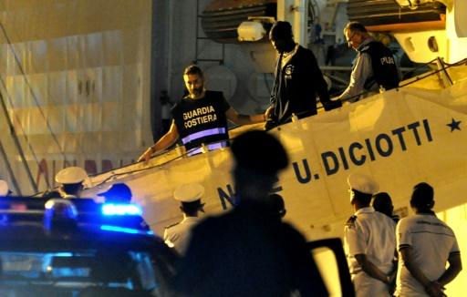 La France va recevoir 50 des 450 migrants débarqués en Italie