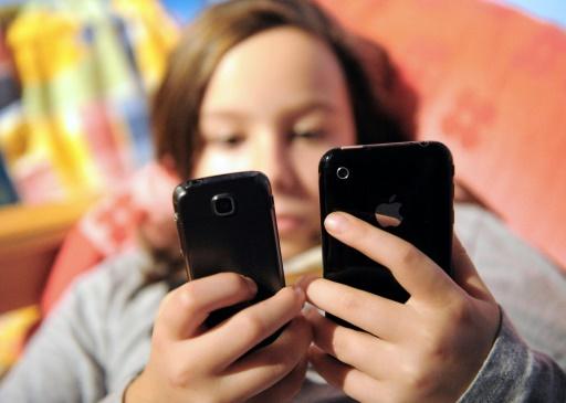 Interdiction du portable à l'école: députés et sénateurs ont trouvé un accord sur le texte