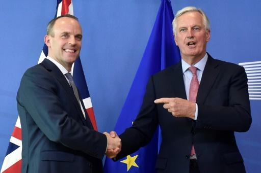 Brexit : le gouvernement britannique veut intensifier les négociations avec l'UE